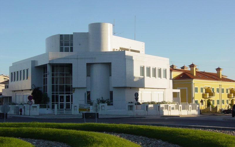 CENTRO LINGUAS-nov2005-1